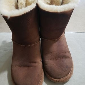 Uggs Kids Size 2